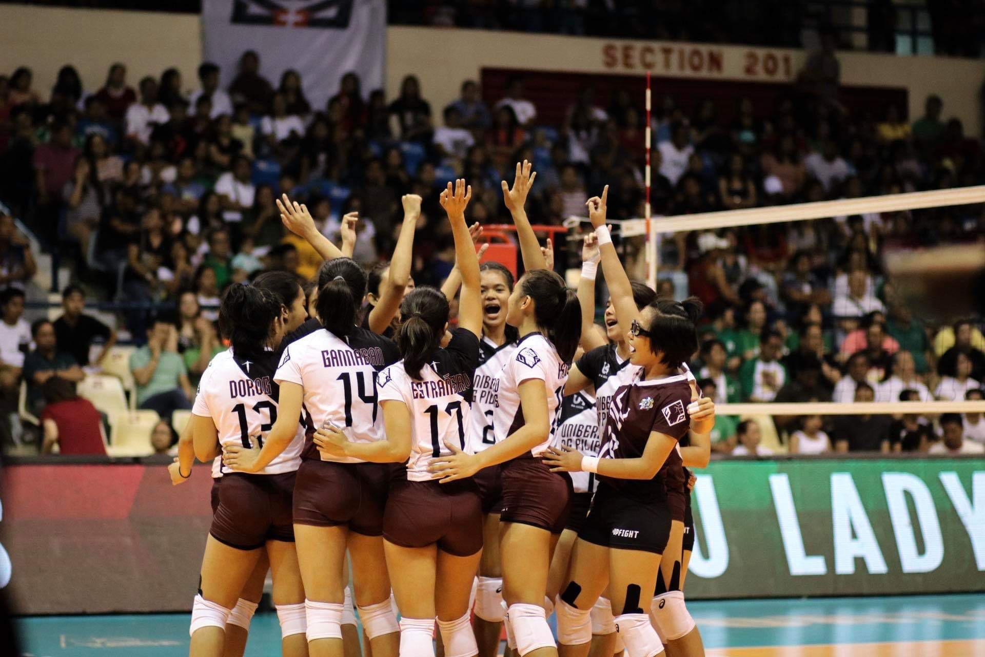 Uaap 81 Up Sweeps Dlsu This Season Up Women S Volleyball Team